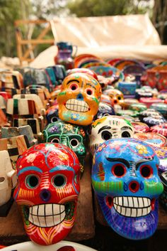 Maya-mexican handicrafts at the open air market of the ruins in Chichén Itzá, Mexico