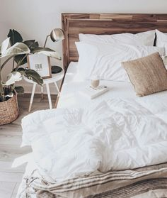 7 Motivated Clever Ideas: Minimalist Living Room Small Grey minimalist home with kids friends.Minimalist Home Essentials Woods minimalist bedroom teen lights.Extreme Minimalist Home Interior Design. Cozy Bedroom, Trendy Bedroom, Bedroom Inspo, Home Decor Bedroom, Bedroom Ideas, Modern Bedroom, Bedroom Furniture, Bedroom Inspiration Cozy, Spa Bedroom