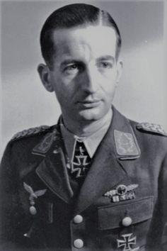 Oberst i.G. Wolfgang Falck (1910-2007), Ritterkreuz 01.10.1940 als Major und Kommodore Nachtjagdgeschwader 1 ✠ 7 Luftsiege, 90 Feindflüge.