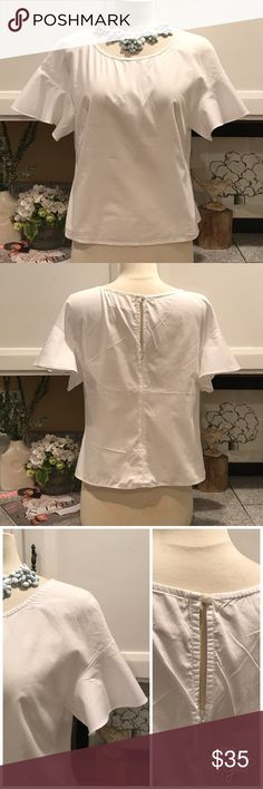 Anthropologie MaEVe Blouse Very cute Top with bell shape sleeve. Perfect fresh style for this Summer. 100% cotton. In excellent condition. NO Trades. Offers Welcome. 😊 Anthropologie Tops Blouses