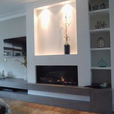 Spotlights op een brede gashaard Modern Family Rooms, House Design, Fireplace Design, House Rooms, Home Room Design, Room Remodeling, Living Room Remodel, Living Room Designs, Scandinavian Decor Living Room
