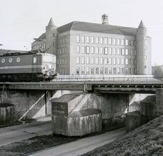 de spoorbrug over de Vlijmenseweg
