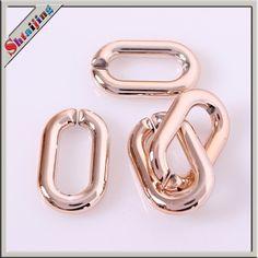 Aliexpress.com: Acheter Ovale acrylique Twisted chaîne liens, 100 pcs/lote Rose or couleur en plastique ouvrir chaîne liens 26 * 17 mm de médaillon de la chaîne fiable fournisseurs sur Shtaijing Jewelry Findings