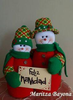 Parejita Christmas Sewing, Handmade Christmas, Christmas Crafts, Christmas Decorations, Christmas Ornaments, Holiday Decor, Christmas Stockings, Christmas Holidays, Chicken Quilt