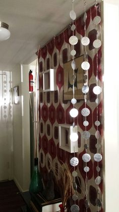 #Jensen Merrell's #accent #wall The #pattern on the wall is a shower #curtain. (not wallpaper)