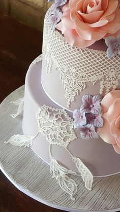 Dream Catcher Wedding cake  #DreamCatcher #DreamCatcherWeddingCake…