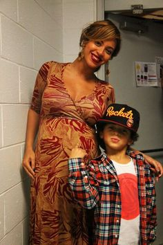 Beyonce is mommy to Blue Ivy, wife to Jay-Z and iconic pop star to the world. Beyonce Knowles Carter, Beyonce And Jay Z, Solange Knowles, Beyonce Pregnant, Blue Ivy Carter, Beyonce Style, Idol, Intimate Photos, Mrs Carter
