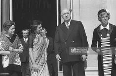 Photo d'actualité : Yvonne de Gaulle, Indira Gandhi, General Charles...