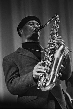 Sonny Rollins in Paris, France in 1965 - Sonny Rollins, Jazzman,. Jazz Artists, Jazz Musicians, Art Of Noise, Sonny Rollins, Musician Photography, Saxophone Players, Classic Jazz, Free Jazz, Music Illustration