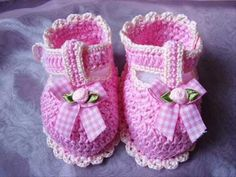 -DISCLAIMER: I DO NOT OWN THE AUDIO SONG- These baby boots were made by me, crocheting is my passion. The boots are not for sale. Please subscribe and comment on my video, it really means a lot to me. -songtext- It's taking over Feels like familiar regret It gets me started there's many things I should have said I find it hard but, I'll t...