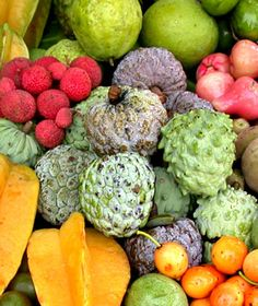 Sugar apples and star fruits