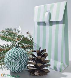 FTC karácsonyi gömb, karácsonyfa dísz foci rajongói ajándék, karácsonyi ajándék futball fanoknak. (Biborvarazs) - Meska.hu Gift Wrapping, Table Decorations, Gifts, Furniture, Home Decor, Gift Wrapping Paper, Presents, Decoration Home, Room Decor