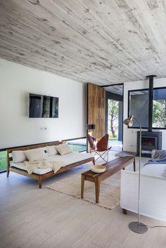 Gallery of L House / Estudio PKa - 3