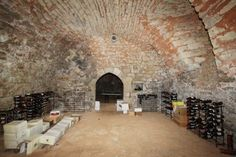 House for sale in Domme, France : Magnificent chateau with outbuildings boasting unparallelled far reaching countrys...