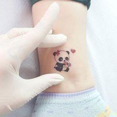 Little panda tattoo - tatoo feminina Cute Animal Tattoos, Cute Little Tattoos, Tiny Tattoos For Girls, Small Heart Tattoos, Heart Tattoo Designs, Tattoos For Daughters, Tattoos For Women, Small Tattoo, Tattoo Animal