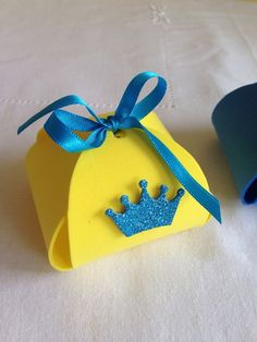 Trouxinha Porta Bombom Pequeno Principe Prince Party, Cd Crafts, Exploding Boxes, New Years Eve Party, Creative Home, Origami, Baby Shower, Scrapbook, Kids