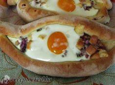 Ré szeme recept K. Kandi, Bacon, Eggs, Breakfast, Food, Morning Coffee, Essen, Egg, Meals