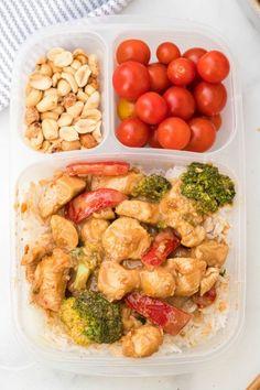 Easy Thai Peanut Chicken Yummy Chicken Recipes, Healthy Dinner Recipes, Easy Recipes, Healthy Snacks, Family Fresh Meals, Easy Family Dinners, Family Recipes, Thai Peanut Chicken, Southern Comfort
