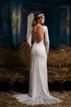 Meet the 'Dorothy' wedding dress by Eliza Jane Howell, featuring a gorgeous low back, beaded details and glamorous, Gatsby style - we love it and Gatsby Wedding Dress, Art Deco Wedding Dress, Roaring 20s Wedding, Backless Wedding, Perfect Wedding Dress, Wedding Gowns, Elegant Wedding, Wedding Lace, Hair Wedding