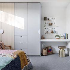 Glamour Wardrobe Design Ideas For Children Built In Cupboards Bedroom, Bedroom Built In Wardrobe, Bedroom Cupboard Designs, Bedroom Desk, Modern Bedroom, Small Built In Wardrobe Ideas, Kids Bedroom, Building For Kids, Joinery