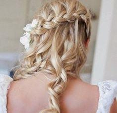 Coiffure pour un mariage invité cheveux mi long - http://lookvisage.ru/coiffure-pour-un-mariage-invit-cheveux-mi-long/ #Cheveux #Beauté #tendances #conseils