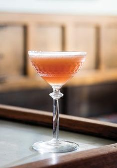 John Frizell adapted this classic by tweaking the ratios, using a split of lemon and lime, making a house grenadine, and using American brandy. Juice 3, Fresh Lime Juice, Brandy Cocktails, Apple Brandy, Fun Drinks, Beverages, Meals For The Week, 4 Ingredients, Cocktail Recipes