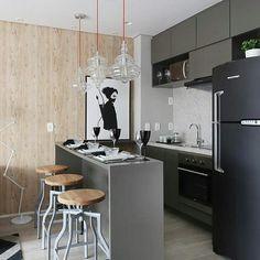 """145 curtidas, 1 comentários - Mucca - arquitetura & design (@mucca.arqedesign) no Instagram: """"[inspiração] Boa noite com essa cozinha contemporânea e com a combinação madeira/preto/cinza que…"""""""