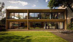Casa Carpinos, résidence familiale à Mexico par Andres Stebelski - Journal du Design