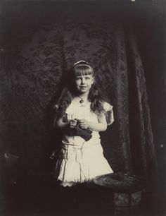 Alfred and Marie's daughter, Princess Marie of Edinburgh, future Queen of Romania.  Along with Princess Alix's children, Marie's children were the most good looking of Queen Victoria's great-grandchildren.