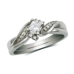 I want this!! The engagement ring and wedding band and it's beautiful and different and relatively inexpensive! Everything I want :)