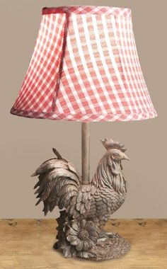 Rooster lamp w/ gingham shade Rooster Kitchen Decor, Rooster Decor, French Country Farmhouse, French Country Style, Country Kitchen, French Decor, French Country Decorating, Country Lamps, French Chairs