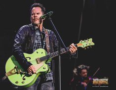 Gary Allan plays the Ram Guts & Glory Stage at Taste of Country Music Festival 2016 Country Singers, Country Music, Gary Allan, Dj, Guitar, Angel, Candy, My Love, Celebrities