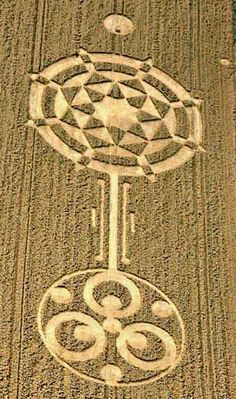 Crop Circles: The Work of Fallen Angels . Don`t be deceived: they are the work of demonic spirits. Aliens And Ufos, Ancient Aliens, Ancient History, Crop Circles, Circle Art, Circle Design, Art Ancien, Alien Art, Ancient Mysteries