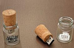 Drift Bottle USB Flash Drive,Record a movie, upload a song, or create a folder of your favorite photos,then put them on your thumb drive.