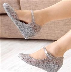 a1ddaf4aade0a Women s Summer Soft Jelly Rubber Floral Round Toe Wedge Heel Sandal Shoes  in Clothing