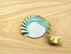 簡単ワンポイント♡マステでロゼットリボンを手作りしちゃお! | キナリノ Diy And Crafts, Paper Crafts, Star Decorations, Plates, Tableware, Handmade, Scrapbooking, Dress, Licence Plates