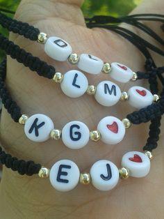 Kandi Bracelets, Wish Bracelets, Seed Bead Bracelets, Pulseras Kandi, Christmas Ornament Crafts, Crochet Bracelet, Homemade Jewelry, Bracelet Tutorial, Beaded Jewelry