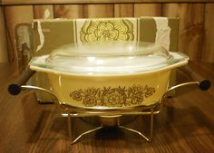 Pyrex 1 1 2 Qt Oval Casserole Dish Black Flowers Yellow w Cradle Candle Box | eBay