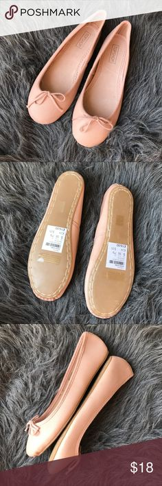Topshop Vibrant Ballet Flats Super lightweight. Ballet flats in a pastel pink color. Small stain and scuff shown in last pictures. Run small.. 7-7.5 would be a better fit in my opinion Topshop Shoes Flats & Loafers