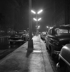 Cars under streetlights in NYC, 1958