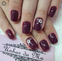 How to choose your fake nails? - My Nails Maroon Nails, Red Nails, Love Nails, Pretty Nails, Powder Nails, Stylish Nails, Beautiful Nail Designs, Perfect Nails, Winter Nails