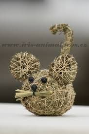 myška Diy And Crafts, Crafts For Kids, Arts And Crafts, Cute Mouse, Nature Crafts, Fall Diy, Natural Materials, Dried Flowers, Burlap