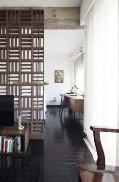 Cobogo Wall  by Filipe Ramos Design  Apartment situated at Itaim Bibi neighbourhood in São Paulo, Brazil.