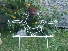 HERRERIA SIBILIA - Melinterest Argentina Welding Projects, Projects To Try, Grill Design, Iron Furniture, Flower Stands, Iron Art, Metal Artwork, Wrought Iron, Container Gardening