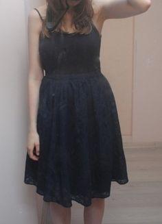 Kup mój przedmiot na #vintedpl http://www.vinted.pl/damska-odziez/spodnice/9794945-granatowa-spodniczka-w-stylu-filmu-grease