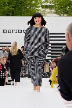 Marimekko, Fashion Show, Fashion Outfits, Black And White Love, Outdoor Fashion, Spring Summer 2018, Office Outfits, Catwalk, Peplum Dress