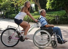 wheelchair bike.Opciones...Hasta para compartir con la discapacidad.