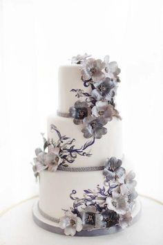 Art Nouveau Wedding Cake created for the Weddingbells Canada's Prettiest Wedding Cakes for 2014 online feature #weddingcakes