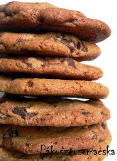 Keksz Blog: Az évezred csokis kekszei Cookie Jars, Biscotti, Sausage, Cookies, Meat, Cake, Macaron, Blog, Kitchen