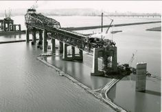 construction of Champlain bridge Samuel De Champlain, Vintage Pictures, Old Pictures, Old Photos, Montreal Ville, Montreal Quebec, Westminster, Canadian History, Canada